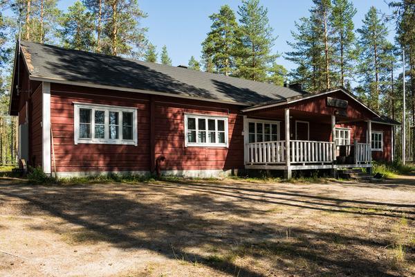 Peurajärvi/Iso-Hirvas ERÄKÄMPPÄ